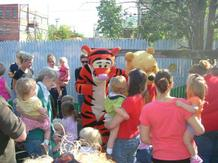 Pooh and Tigger Costume Photo